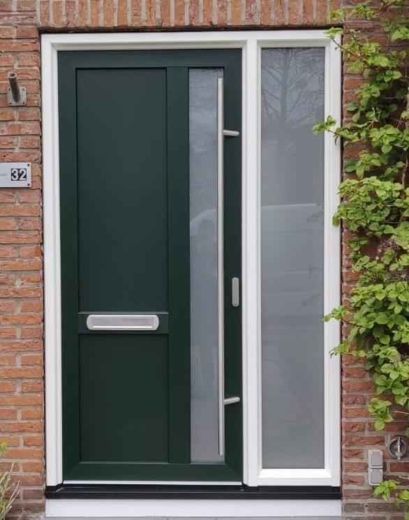 kunststof-deur-met-zijlicht